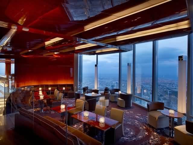 مطعم أتموسفير Atmosphere الأعلى في العالم عين دبي