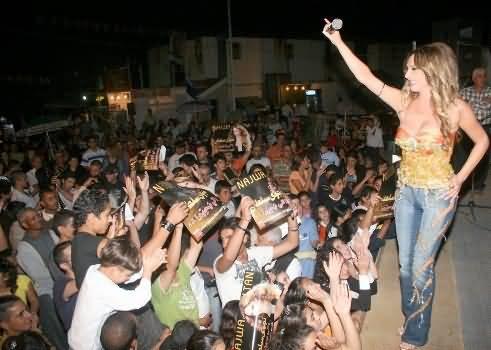 Photo of نجوى سلطان تستقبل العام الجديد مع جمهورها في دبي