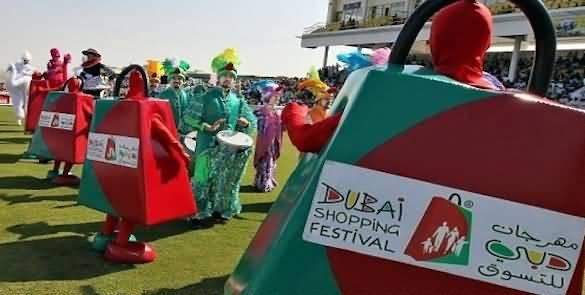 واحة الشاي وكرنفال المهرجان ابرز فعاليات شارع السيف بمهرجان دبي للتسوق