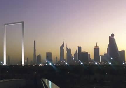 Photo of بالفيديو جولة في أول ممشى زجاجي في دبي
