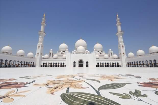 Photo of تعرف على جميع المصليات المعتمدة لصلاة عيد الاضحى المبارك 2017 في الإمارات