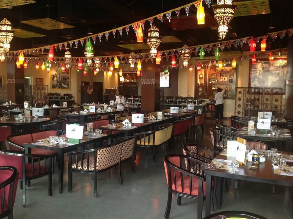 صورة مطعم ومقهى حدوتة مصرية في رمضان –  شارع الشيخ زايد