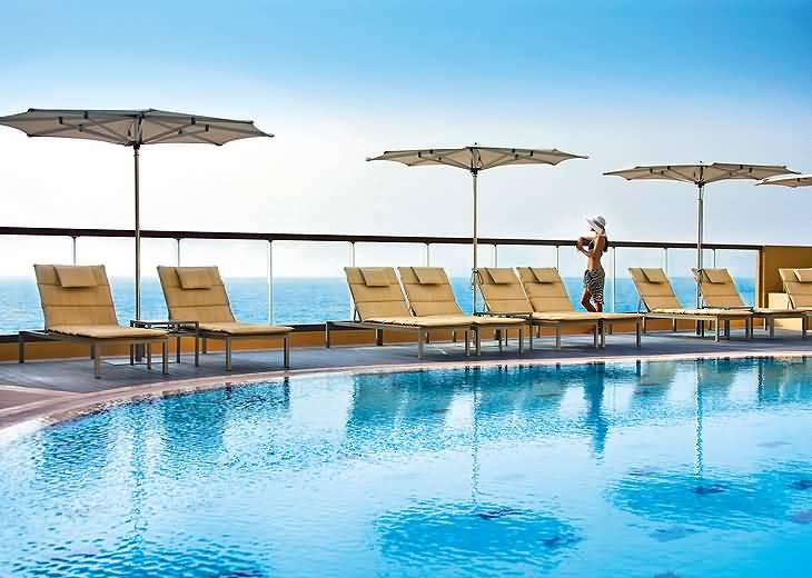 فندق امواج روتانا إقامة أنيقة على شاطئ جميرا دبي