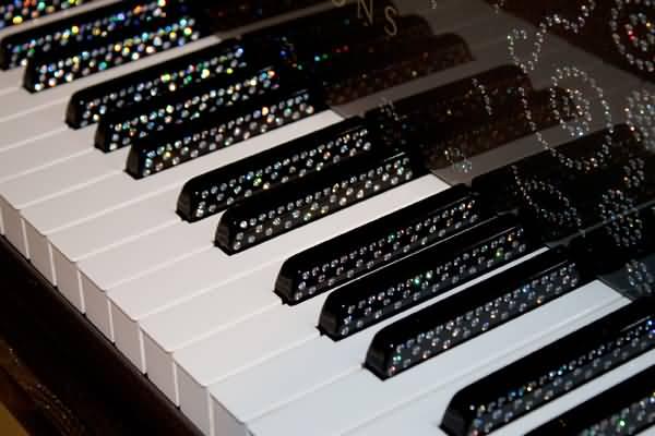 أغلى آلة بيانو في العالم