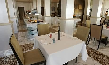 مطعم كافيه أرابيسك للمأكولات الشرقية – خور دبي