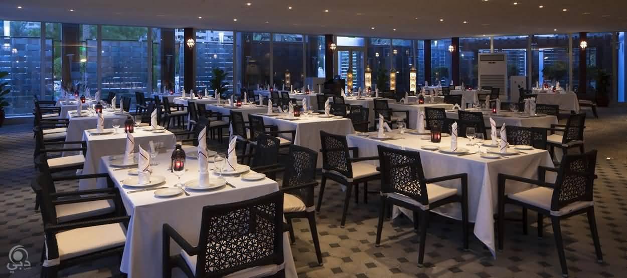 صورة مطعم النافورة في رمضان – أبراج بحيرات الجميرا