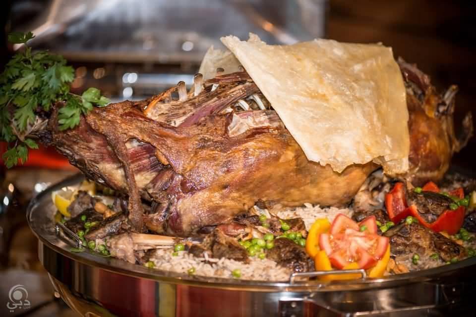 مطعم ليالينا للمأكولات المغربية – شارع الاتحاد