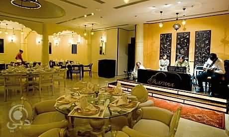 مطعم غارانا للمأكولات الهندية – البرشاء