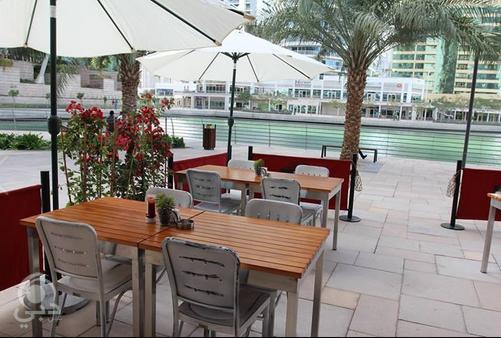 مطعم ببكو للمأكولات العربية و الألمانية  – أبراج بحيرة الجميرا