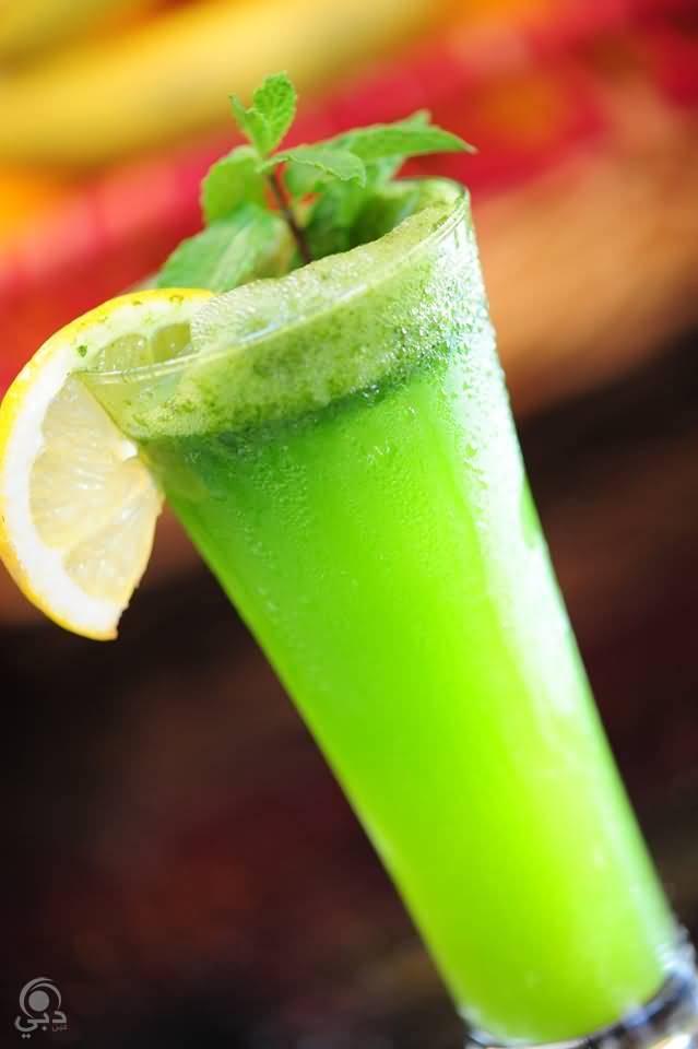 مطعم و مقهى لاروزا للمأكولات العربية و المشروبات و الشيشة – الرقة