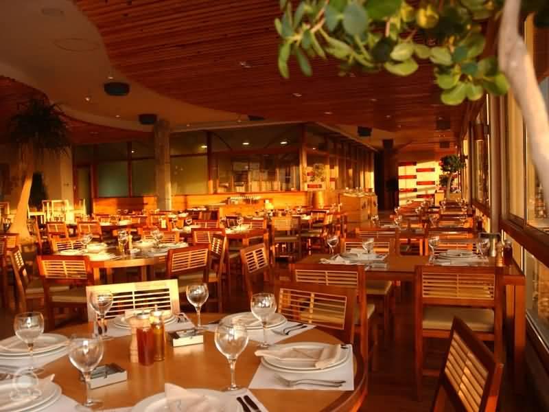 Photo of مطعم فلوكة وجهة تجمع الخدمة والمذاق والإطلالة
