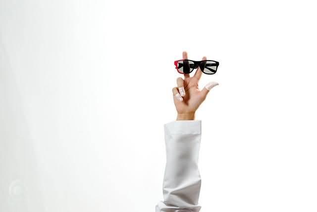 Feb 31st تطلق نظارات شمسية و بصرية تجسد روح الاتحاد الـــ 43