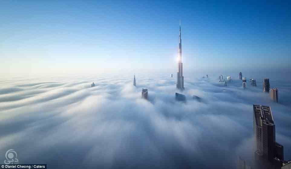 دبي تحت الضباب بعدسة المصور الشهير دانيل شيونج