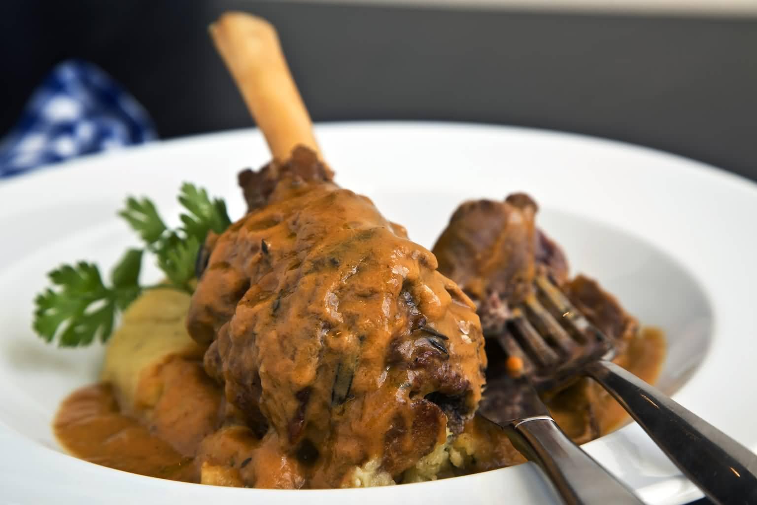 Photo of مطعم كارلوتشيوزيقدم قائمة من أطباق اللحم المشوي
