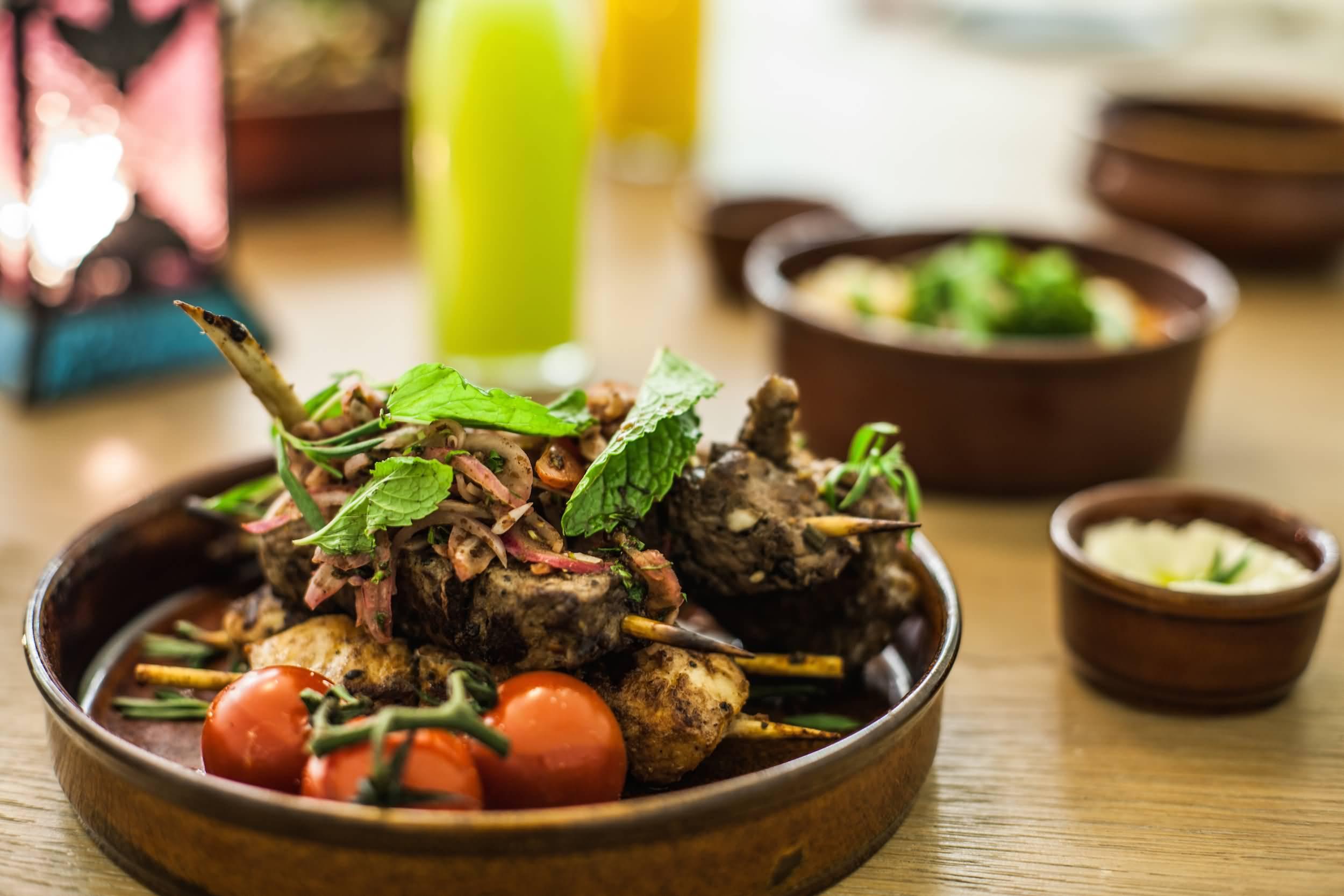 مطعم ثري إن وان في رمضان – داون تاون