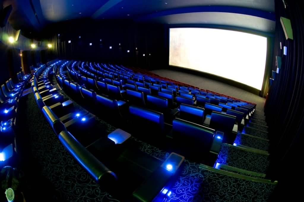 المطعم السينمائي جديد ڤوكس سينما في الإمارات