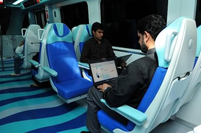 انترنت مجاني بمترو دبي خلال الشهر الفضيل