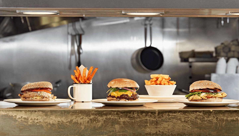 مطعم جورميه برغر كيتشن في دبي