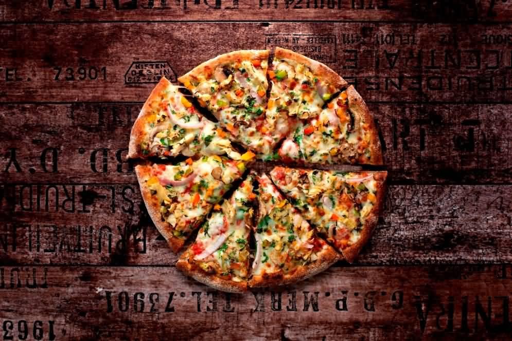 Photo of بيتزا بــــكبسة زر مع نظام فريدم بيتزا للدفع الإلكتروني