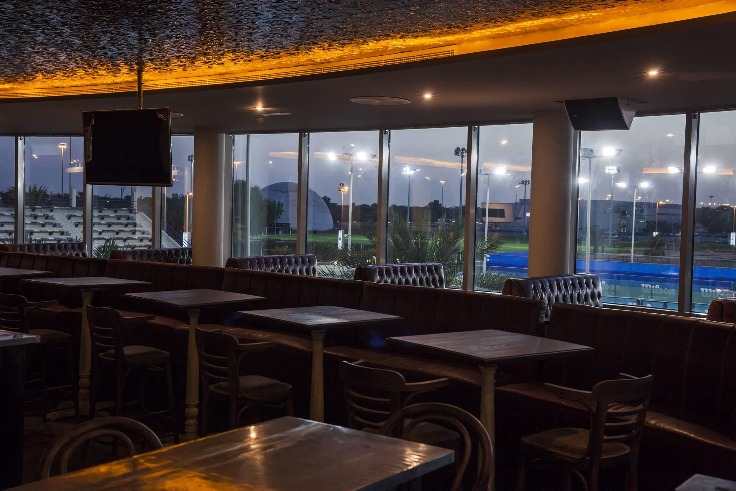 صورة افتتاح مطعم سبورتسمانز آرمز في أبوظبي