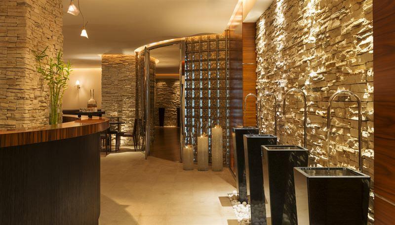 Photo of دللي نفسك مع هيفينلي سبا في فندق ويستن دبي