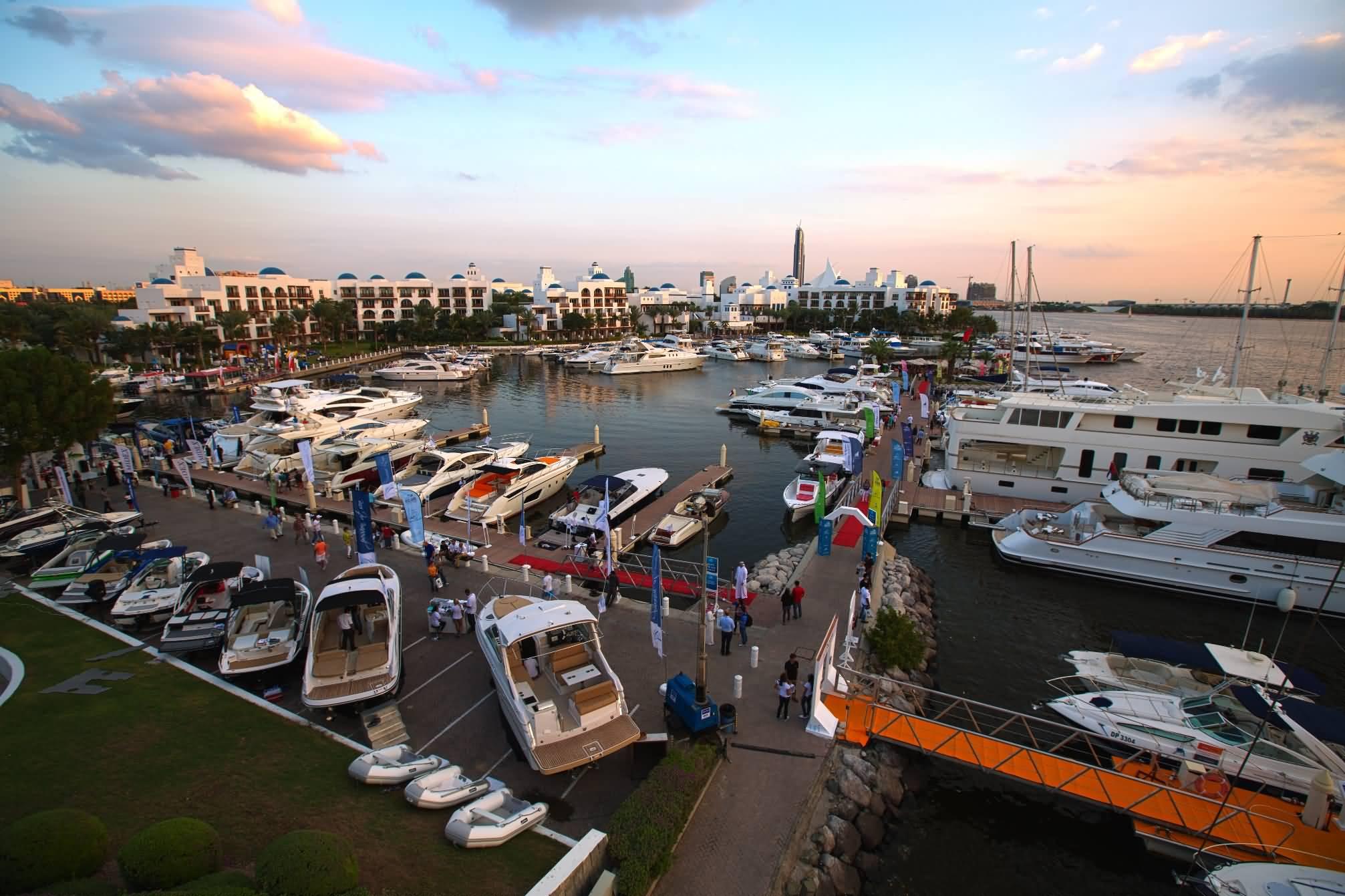 معرض دبي للقوارب المستعملة يعود إلى خور دبي مجددا