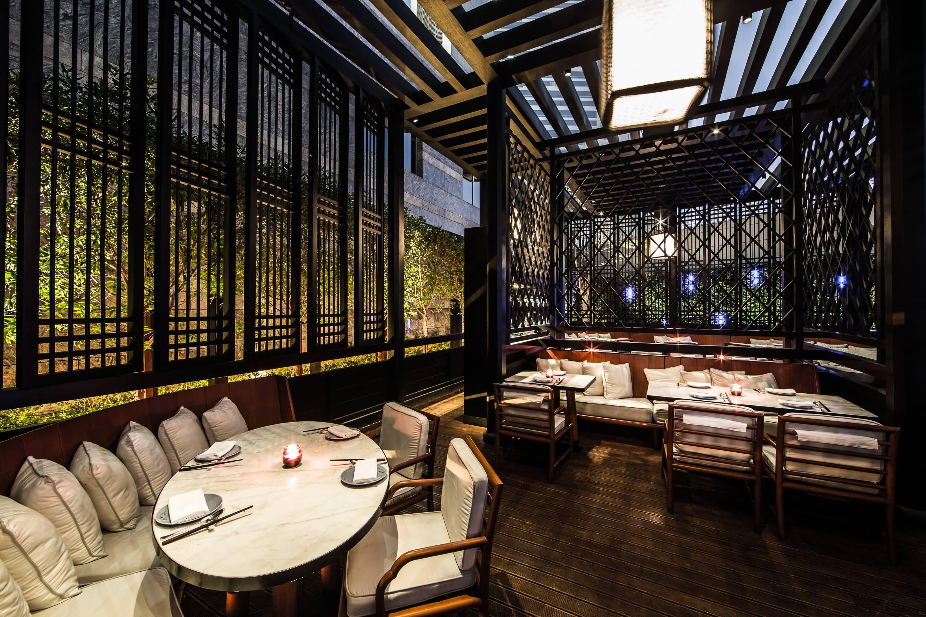 Photo of مطعم هاكاسان يفتتح ترّاساً خارجيا للاستمتاع بالطعام في الهواء الطلق 