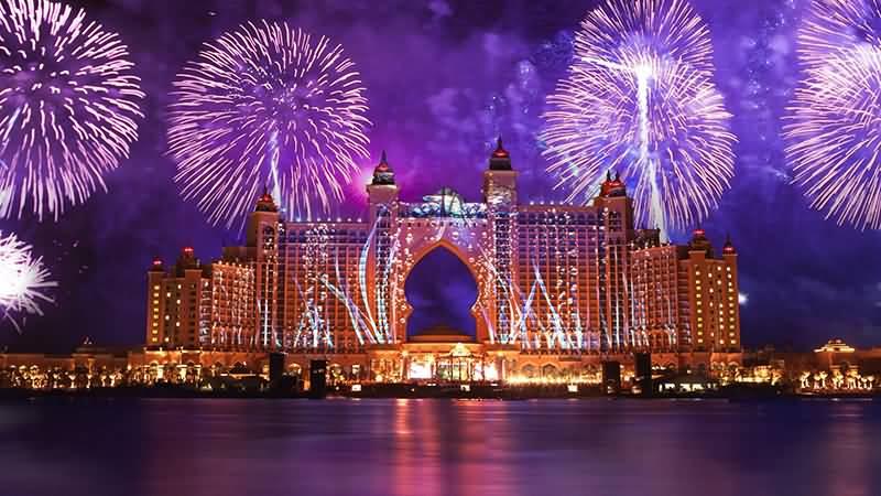 Photo of كيف كانت إحتفالات رأس السنة 2018 في دبي ؟