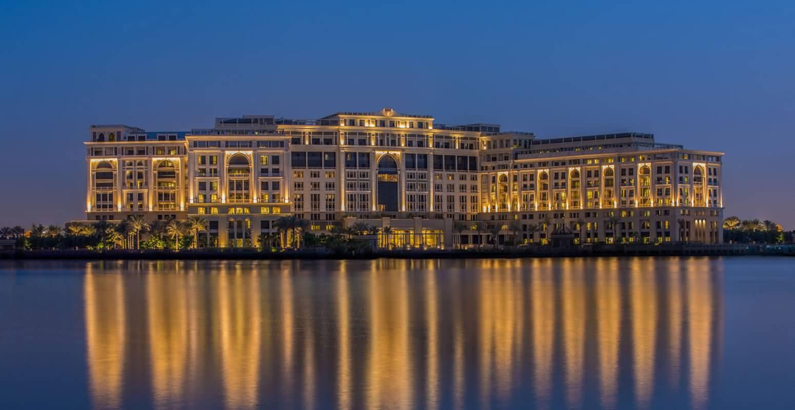 فندق بلازو فيرساتشي – الجداف