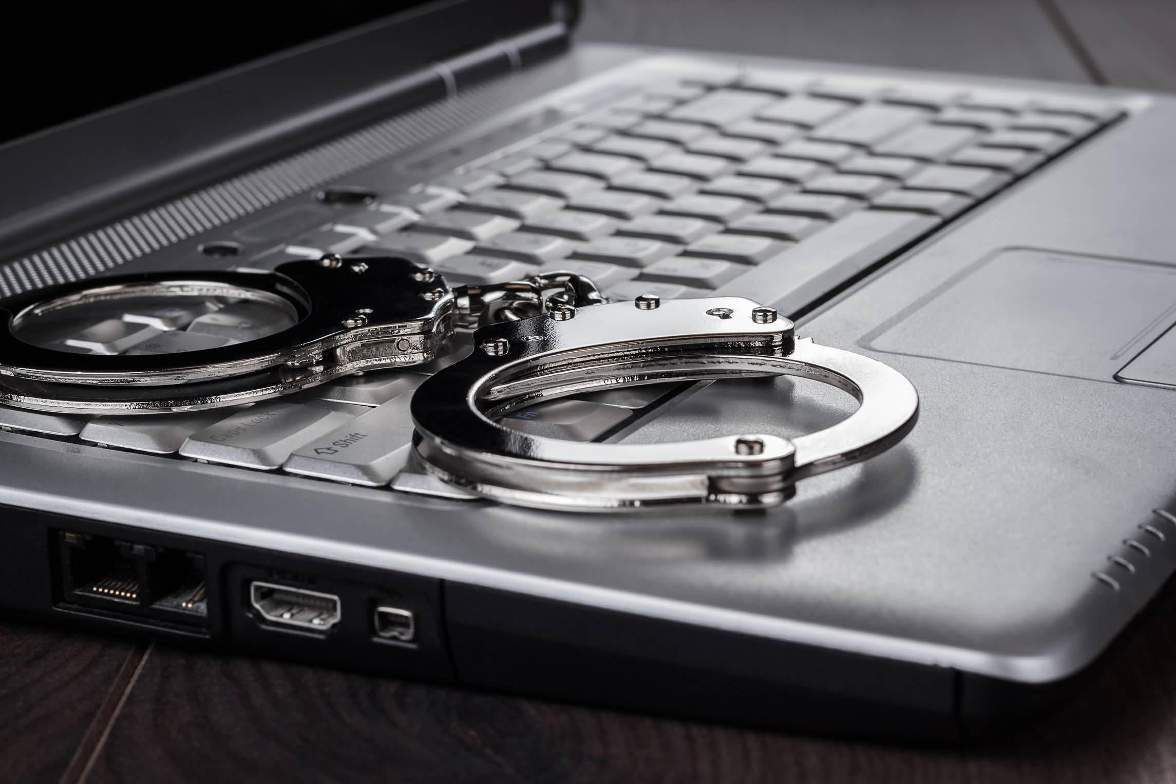 Photo of ماهي عقوبة استخدام عناوين مضللة عبر الإنترنت في الإمارات ؟