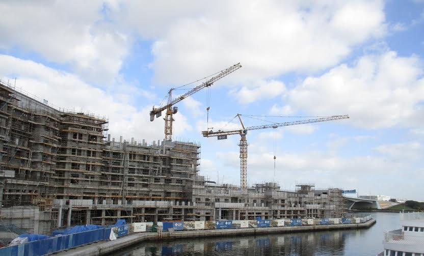 دبي للعقارات تستكمل تطوير 70 بالمئة من مشروع منازل الخور