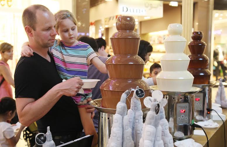 صورة خلاصة أهم الأنشطة ضمن فعالية احتفالية الشوكولاته