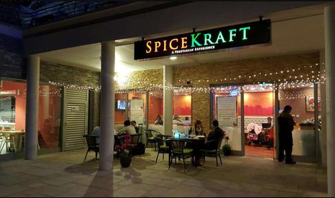 Photo of مطعم سبايس كرافت للمأكولات الهندية و الصينية – أبراج بحيرات الجميرا