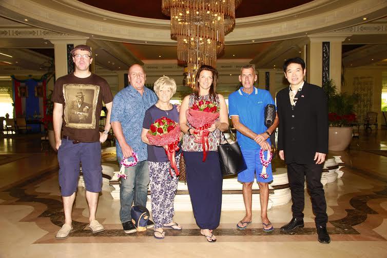 Photo of فندق دوست تاني هوا هين يستقطب عائلة بيكهام