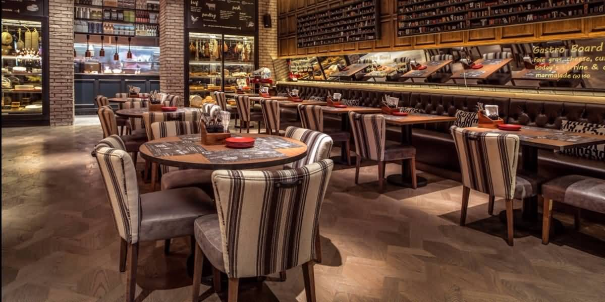 مطعم جي بي جاسترو بوب للمأكولات الأمريكية – جميرا بيتش ريزيدنس