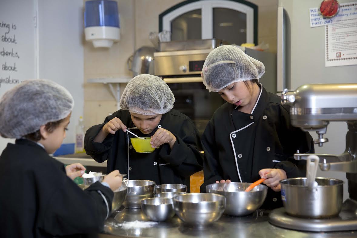 صورة كيدزانيا تطلق ورش عمل الطهي للأطفال