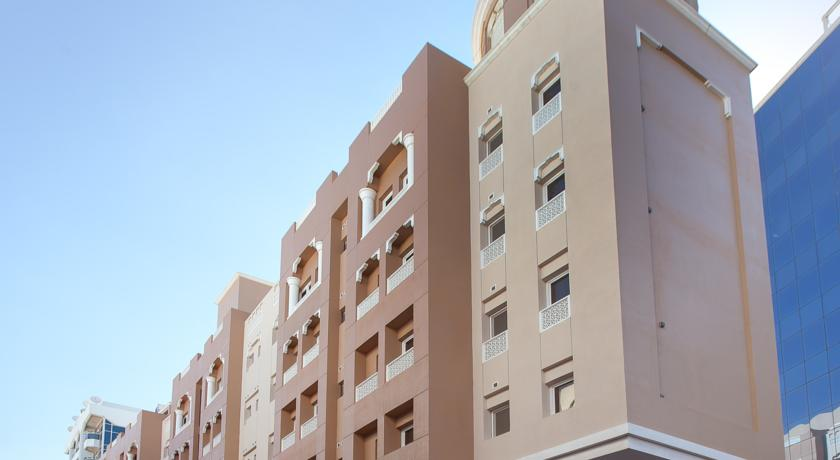 تعرف على فندق فلورا سكوير في دبي