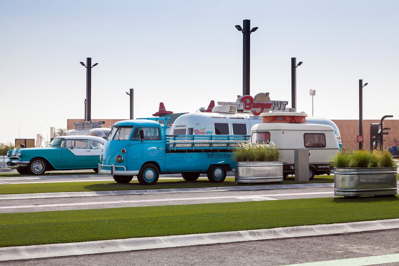 Photo of إفتتاح لاست إكزت الوجهة الدائمة لشاحنات الطعام في دبي