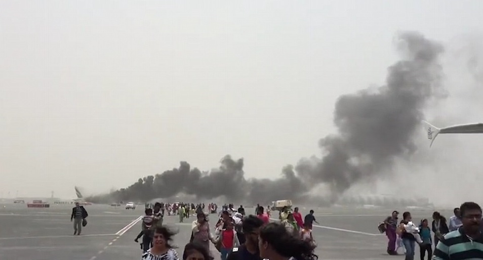 Photo of فيديو يلخص حريق طائرة طيران الإمارات