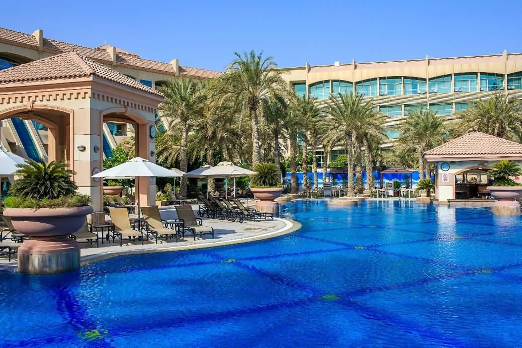 experience-pure-bliss-at-al-raha-beach-hotele28099s-infinity-pool-1