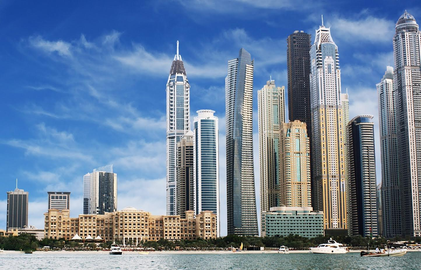 Photo of بالفيديو .. أجمل 10 فنادق و منتجعات في جزيرة النخلة