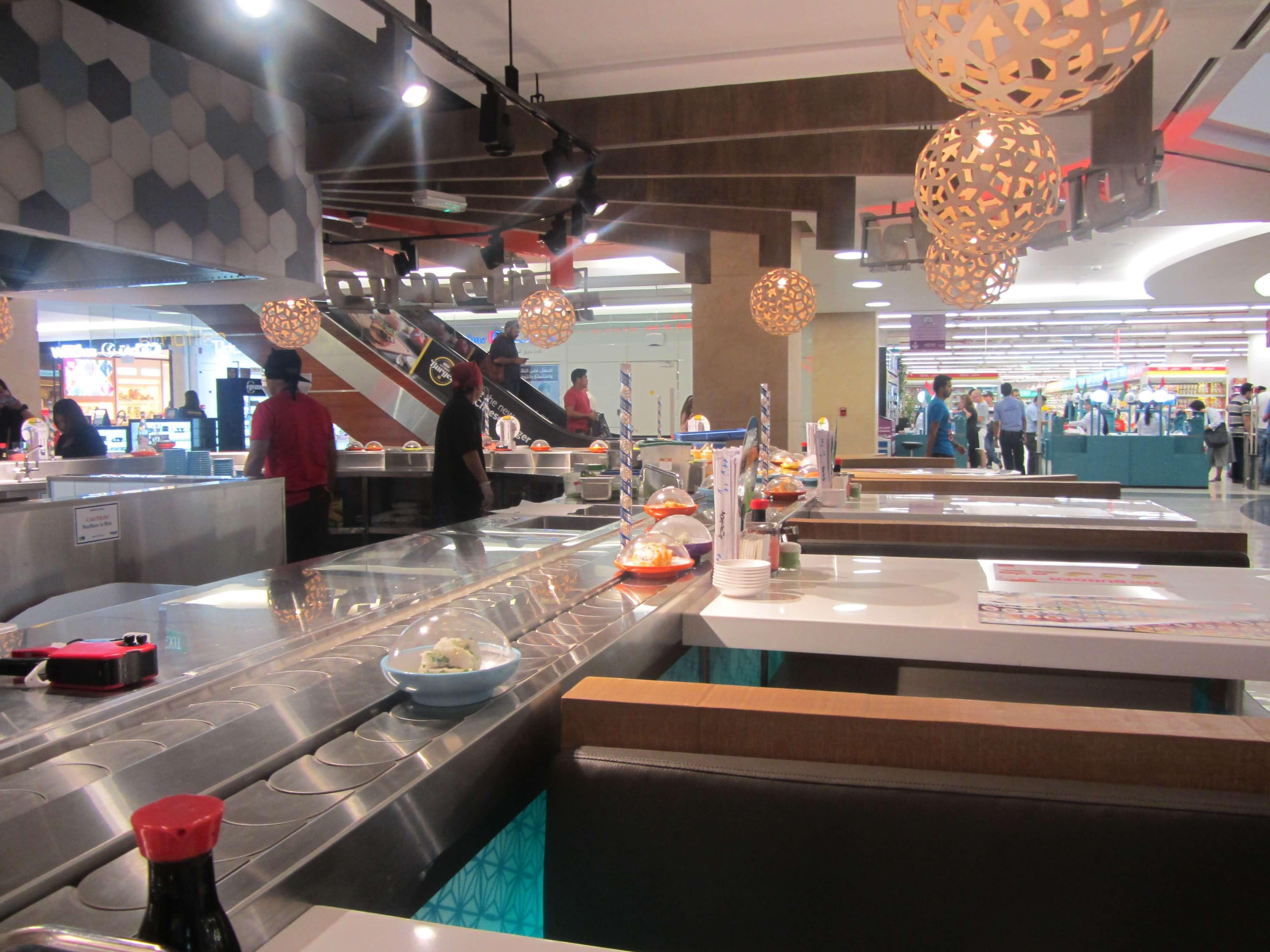 صورة شاهد بالفيديو طرق إعداد السلمون في مطعم يو سوشي دبي