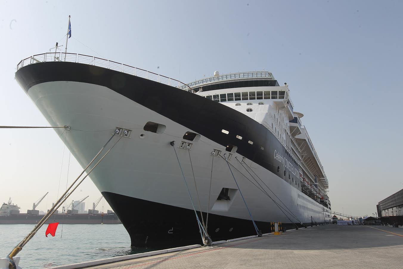 شركة سيليبريتي كروزس تطلق أول رحلتها من العاصمة الإماراتية أبوظبي