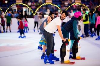 عروض حلبة دبي للتزلج خلال موسم الأعياد 2016