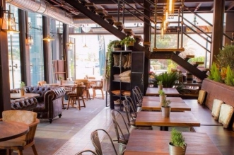 مقهى ستريب 1762 يفتتح ابوابه في دبي