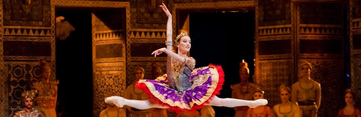 Photo of لا تفوتو عروض رقص مذهلة في مسرح مدينة جميرا خلال يناير 2017