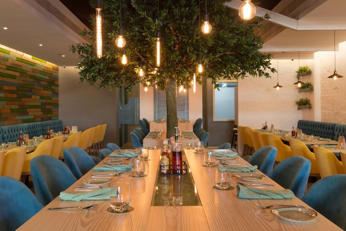 مطعم كواترو للمأكولات الإيطالية والمكسيكية في دبي