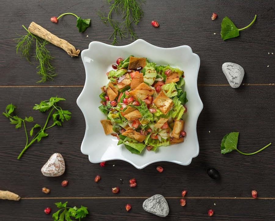 مطعم لوكال بايتس كافيه يطلق مبادرة برنامج الوجبات الصحية