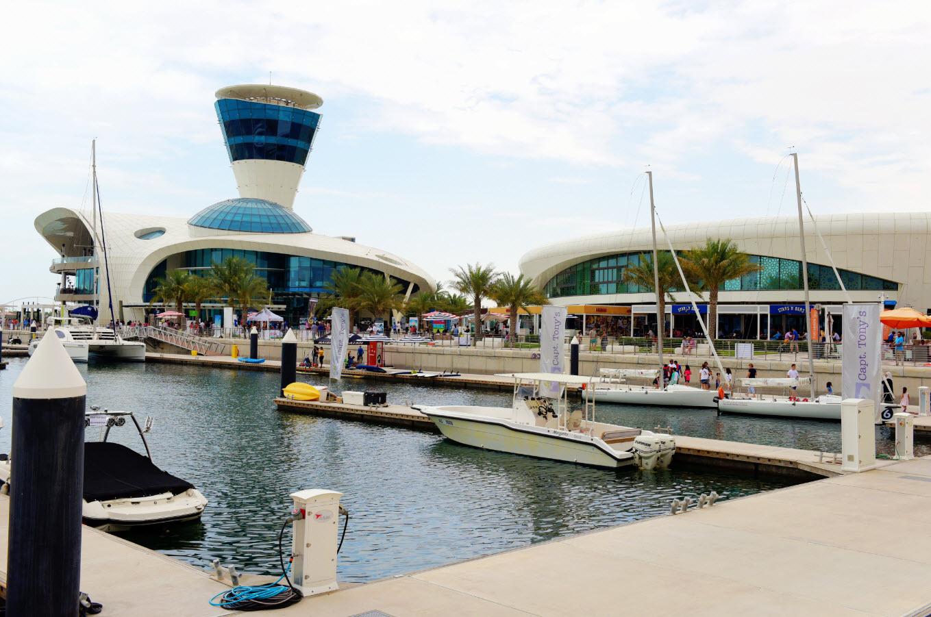 أبوظبي تستضيف مهرجان سبلاش ياس مارينا للأنشطة المائية
