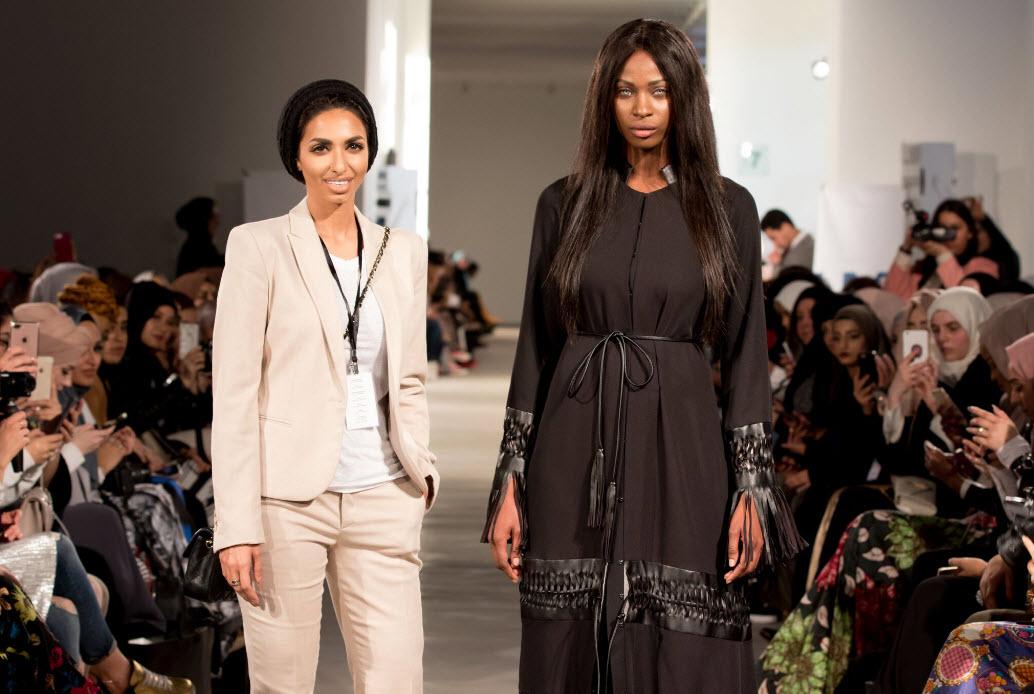 Photo of المصممة سارة المدني تفتتح أسبوع الموضة المحتشمة في لندن